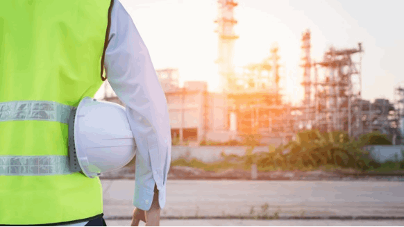 Can Oil Refinery Close Without Layoffs?