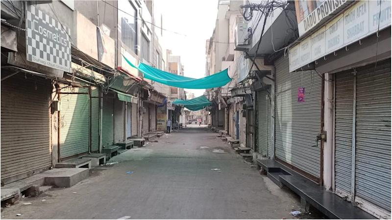 Markets shut and empty streets in Punjab