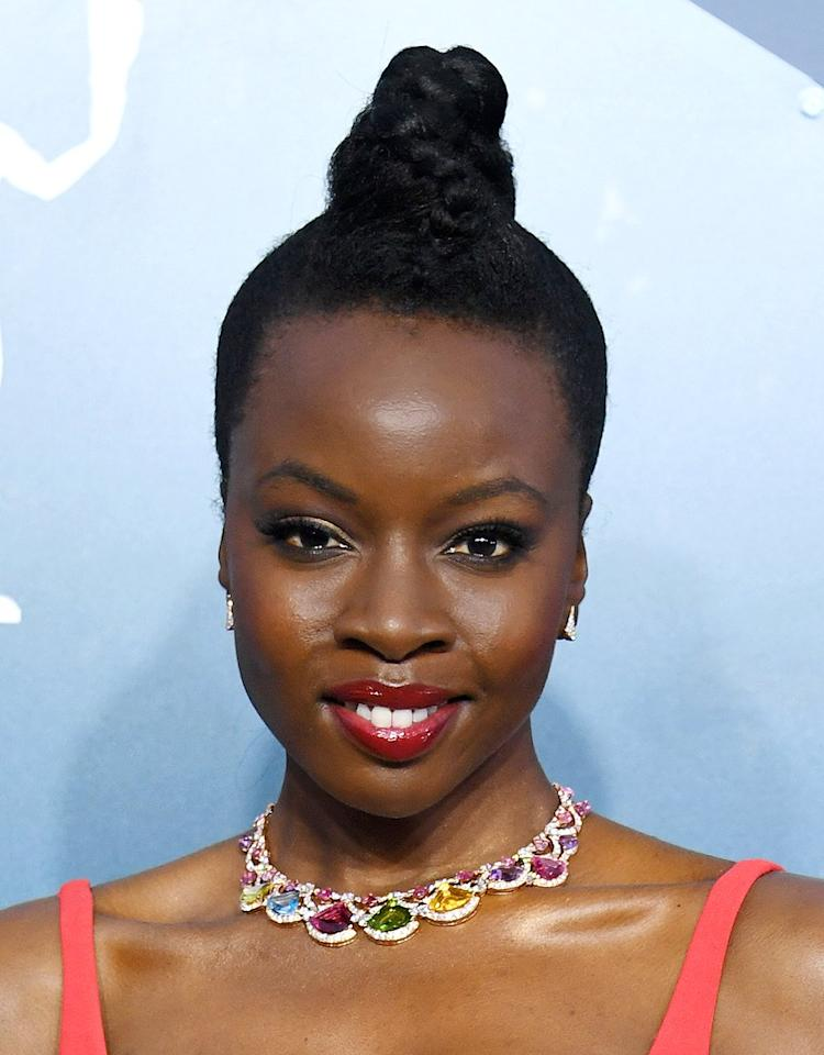 Danai's jewels popped on the carpet thanks to her rainbow-colored Bulgari High Jewelry Divas' Dream necklace, featuring over 85 carats of colored gemstones and diamonds, which she paired with matching Divas' Dream earrings.