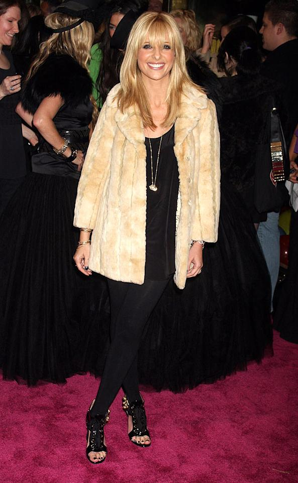 """Despite the fact that we want to sic PETA on Sarah Michelle Gellar for sporting that funky fur coat, we absolutely adore Buffy's sexy bangs and her yummy YSL stilettos. Dara Kushner/<a href=""""http://www.infdaily.com"""" target=""""new"""">INFDaily.com</a> - November 6, 2008"""