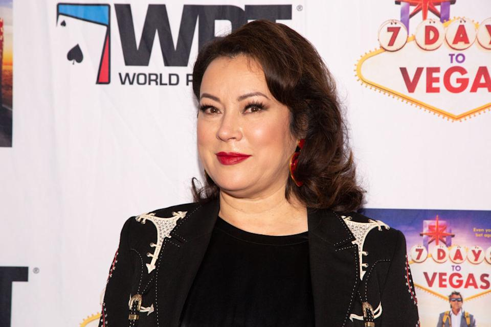 """Jennifer Tilly says her friend Alexandra Grant and Keanu Reeves make a """"perfect couple."""" (Photo: Gabriel Olsen/Getty Images)"""