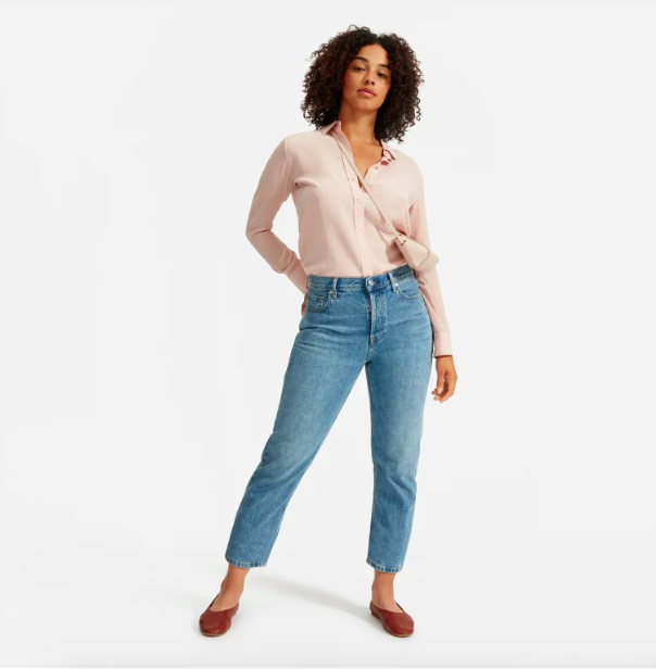 Everlane is currently hosting their first ever official sale — and everything is 25% off.