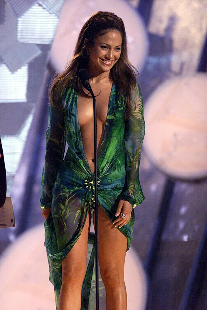 Jennifer Lopez onstage at the 2000 Grammy Awards.