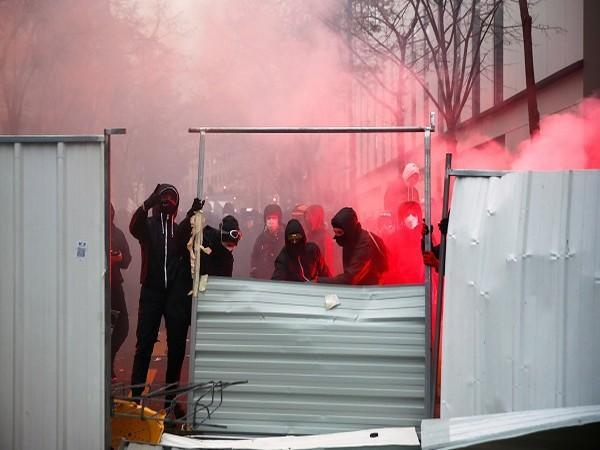 Protests against a new security legislation in France (Credit: Reuters Pictures)