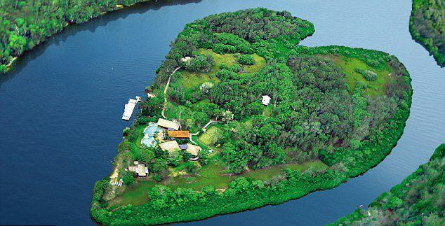 Richard Branson's Makepeace Island, where Bieber is making war with the media. Source: Supplied