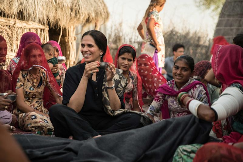 Anita Dongre with her skilled artisans. (Photo: courtesy of Anita Dongre)