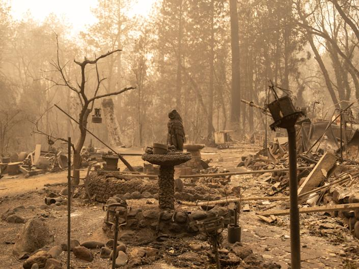 What's left of a home in Paradise. (Photo: Cayce Clifford for HuffPost)