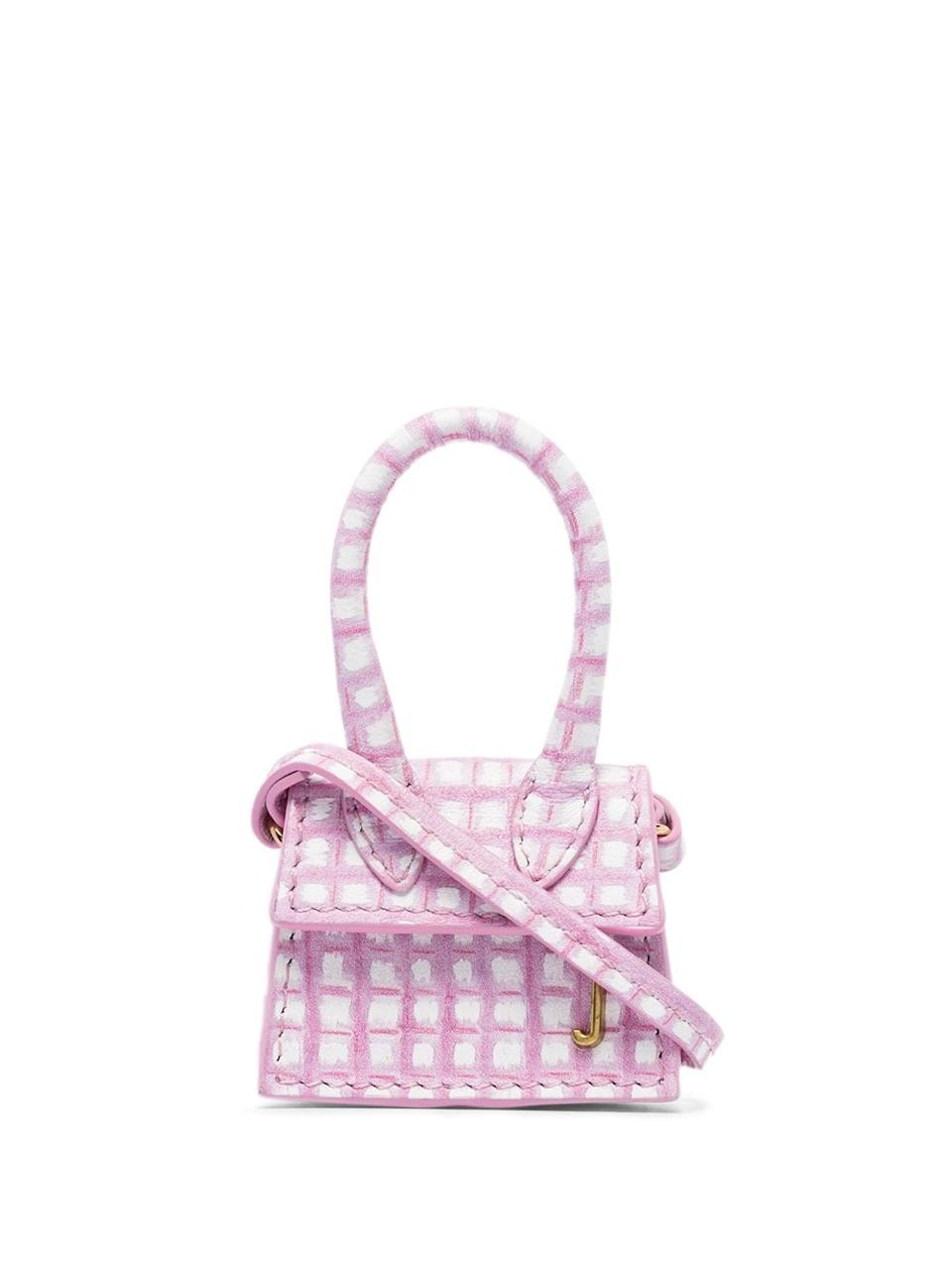 "<h2>Le Petit Chiquito<br></h2>The bag that launched <a href=""https://www.refinery29.com/en-us/2020/01/9200310/lizzo-tiny-purse-jacquemus-tik-tok-video"" rel=""nofollow noopener"" target=""_blank"" data-ylk=""slk:a thousand Lizzo Tweets"" class=""link rapid-noclick-resp"">a thousand Lizzo Tweets</a>. <br><br><strong>Jacquemus</strong> Le Petit Chiquito, $, available at <a href=""https://go.skimresources.com/?id=30283X879131&url=https%3A%2F%2Fwww.farfetch.com%2Fshopping%2Fwomen%2Fjacquemus-le-petit-chiquito-mini-bag-item-15383079.aspx"" rel=""nofollow noopener"" target=""_blank"" data-ylk=""slk:Farfetch"" class=""link rapid-noclick-resp"">Farfetch</a>"