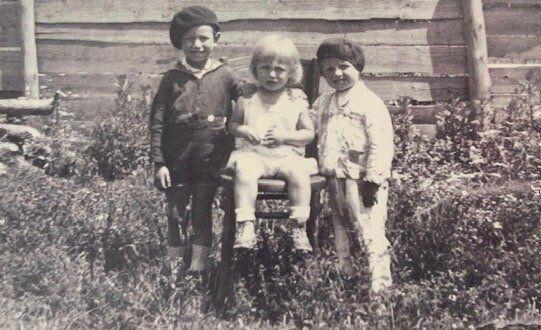 Alex Spilberg, left, with his younger brothers Joseph, centre, and Lazer before the Second World War. Only Alex survived. (Photo: Supplied)