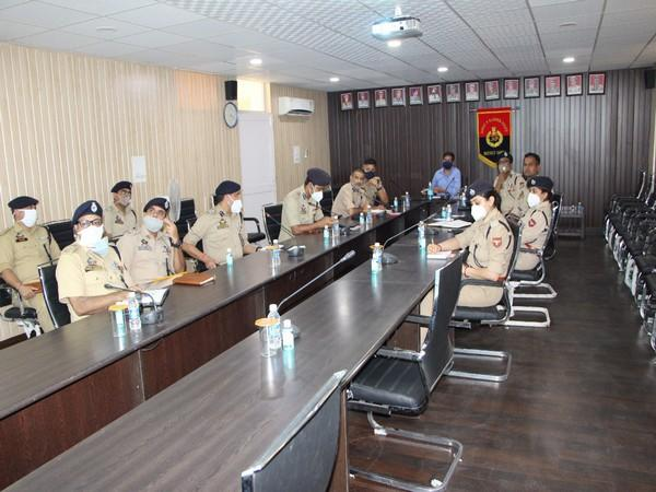 Inspector General of Police, Jammu Zone, Mukesh Singh holdimng meeting with officers on Saturday. Photo/ANI