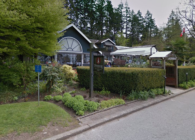 Vancouver's Stanley Park Teahouse restaurant refused to serve a customer wearing a MAGA hat: Google Maps