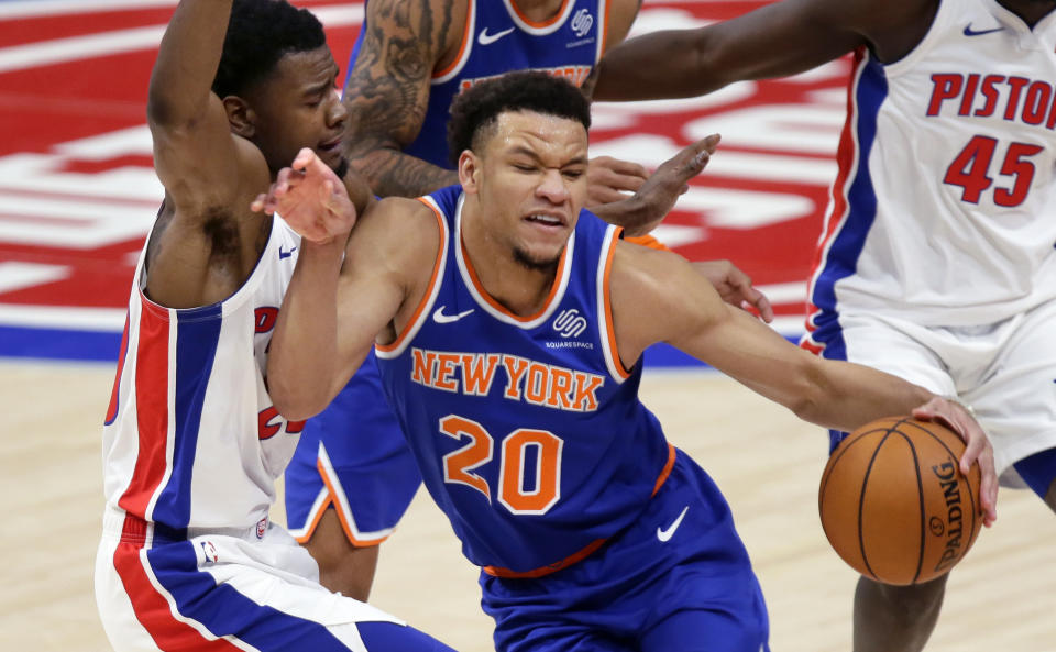 New York Knicks forward Kevin Knox II (20) and his teammates aren't expected to be very good this season. (AP Photo/Duane Burleson)