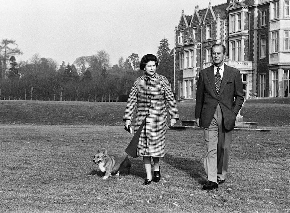 <p>Walking during the 30th anniversary of the Queen's reign at Sandringham.</p>