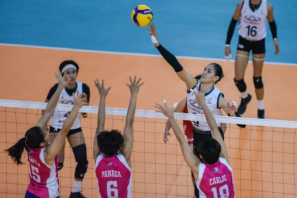 Jaja Santiago stands tall in Chery Tiggo's win over Creamline in Game Two of the 2021 Premier Volleyball League (PVL) Open Conference Finals. (Photo: PVL Media Bureau)