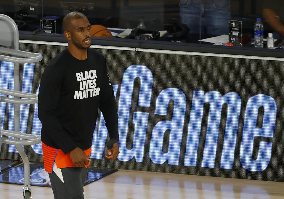 Chris Paul of the Oklahoma City Thunder on the court warming up.