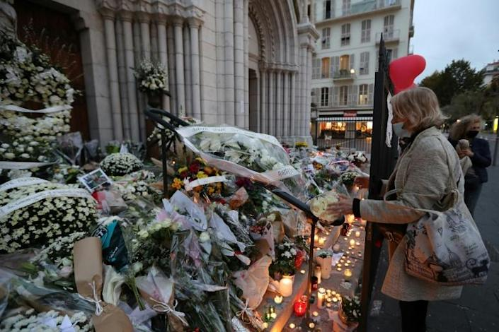 Remembering victims in French attack