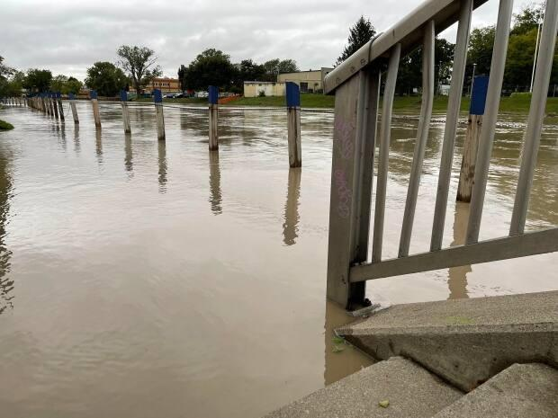 The Thames River in downtown Chatham is shown in a photo on Sept. 23, 2021. (Chris Ensing/CBC - image credit)