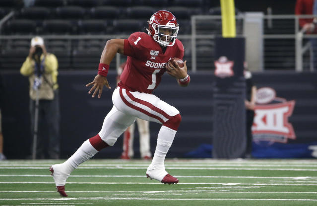 Oklahoma QB Jalen Hurts remains a tricky NFL evaluation despite some high-level traits. (Photo by Ron Jenkins/Getty Images)