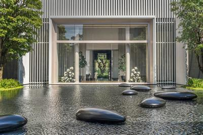 The new Four Seasons Hotel Bangkok at Chao Phraya River is characterized by open space and water features