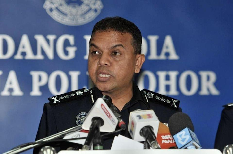 Ayob reminded the public to cooperate with the authorities to stay at home or face stern action for breaching the MCO. — Picture courtesy of the Johor Police