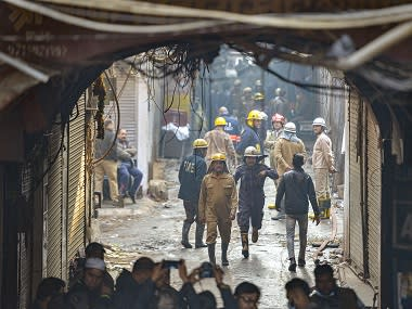 Modi, Kejriwal offer condolences to those affected by 'extremely horrific' fire in Delhi; BJP, Congress direct cadre to provide assistance