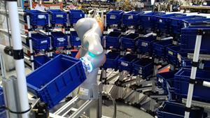 Top Story - Cobot at work in the Brescia Plant