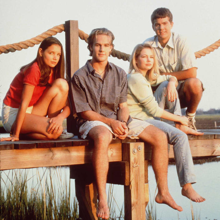 The cast of television's 'Dawson's Creek' poses for a photo in 1997. From left to right are Katie Holmes, James Van Der Beek, Michelle Williams, and Joshua Jackson. (Photo by Warner Bros.) (Warner Bros. / Getty Images)