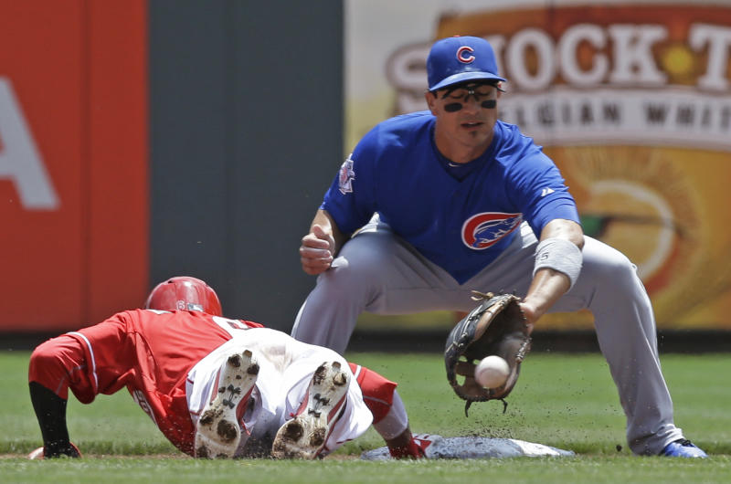 Cubs call up Alcantara while Barney's gone