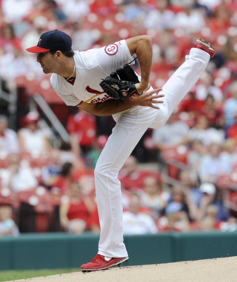 Wacha's arm, bat lead Cards to sweep over Pirates