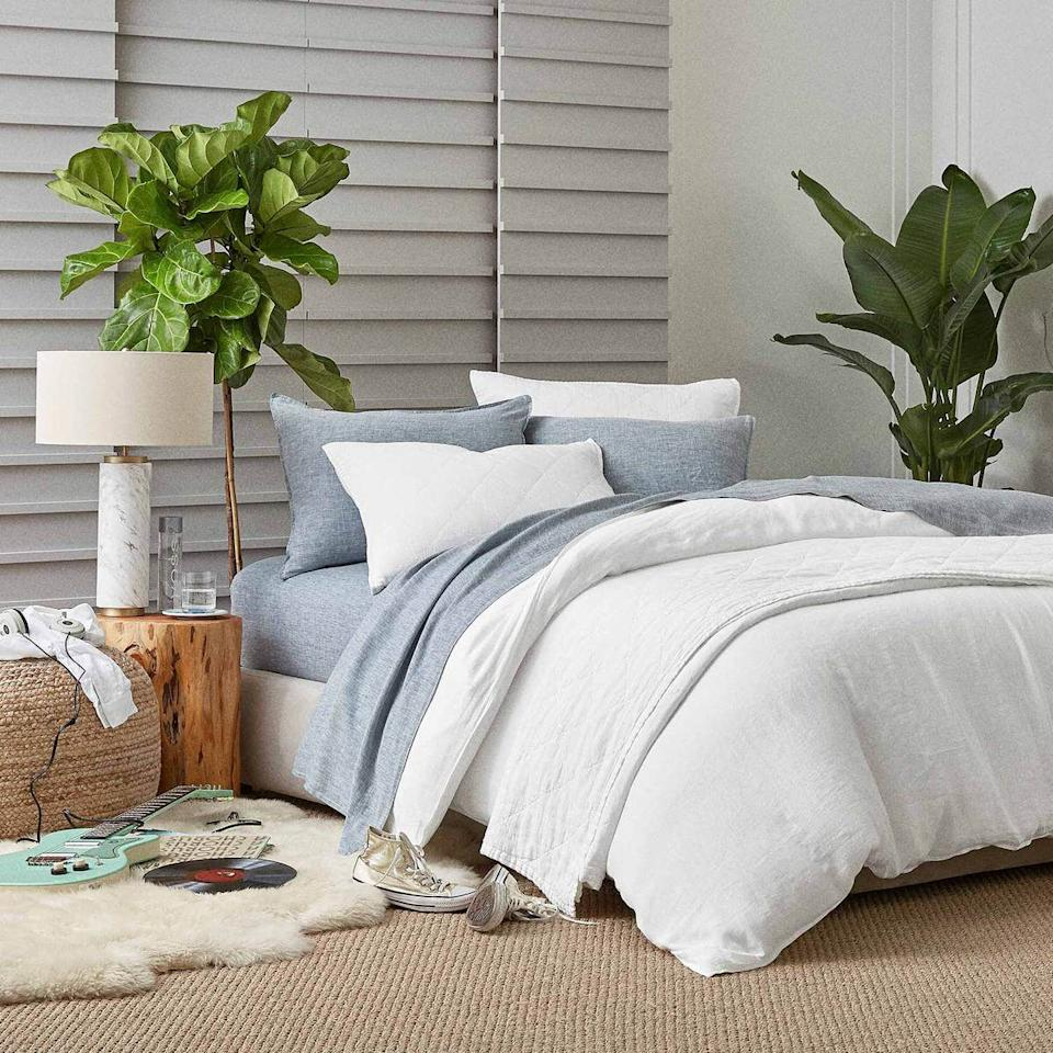 """<p><strong>Brooklinen</strong></p><p>brooklinen.com</p><p><strong>$229.00</strong></p><p><a href=""""https://www.brooklinen.com/collections/linen-sheets/products/linen-core-sheet-set?variant=43437480981"""" target=""""_blank"""">Shop Now</a></p><p>With linen in its name, this company isn't messing around on its sheet quality. Not only do they have more than 300 five-star reviews, but Brooklinen's sheets have won their fair share of awards, too. </p><p>Take it from this <a href=""""https://www.brooklinen.com/collections/linen-sheets/products/linen-core-sheet-set?variant=43437480981"""" target=""""_blank"""">person</a>: """"These sheets are wonderful at regulating temperature and are definitely the most comfortable sheets I have ever purchased. As I read in another review, they seem to get softer with each wash. I have a feeling I will be ordering another set soon."""" </p>"""