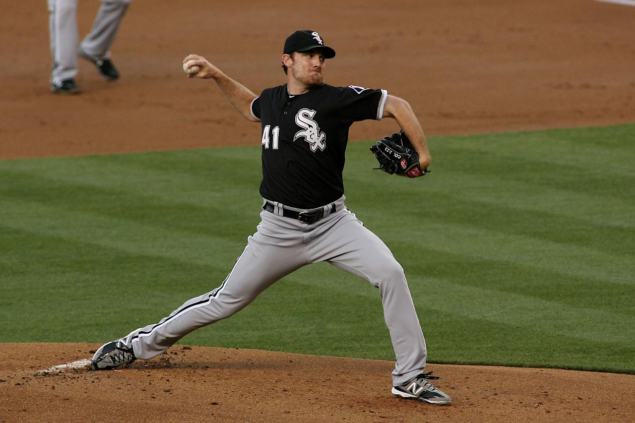 LOS ANGELES, CA - JUNE 16:  Philip Humber #41 of the Chicago White Sox pitches against the Los Angeles Dodgers in the first inning at Dodger Stadium on June 16, 2012 in Los Angeles, California.  (Photo by Jeff Golden/Getty Images)