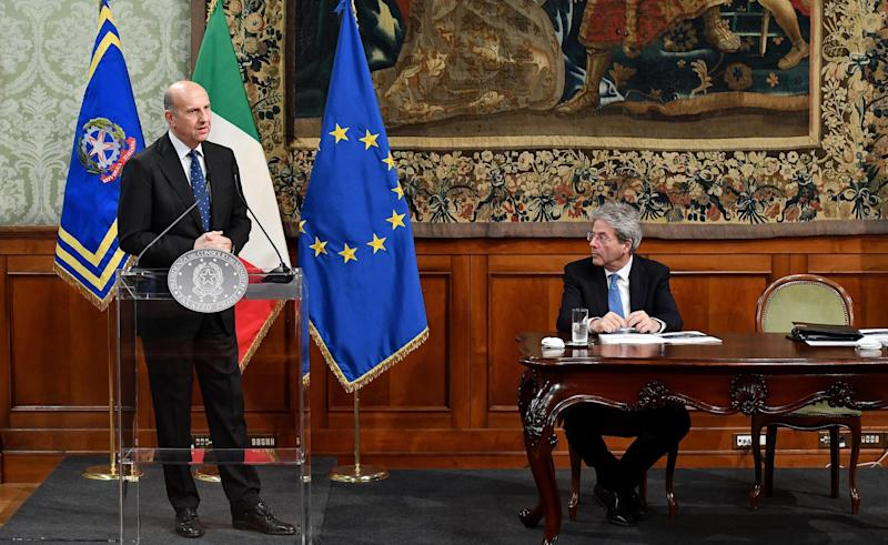Italy warns of election threat as rival parties court Russia