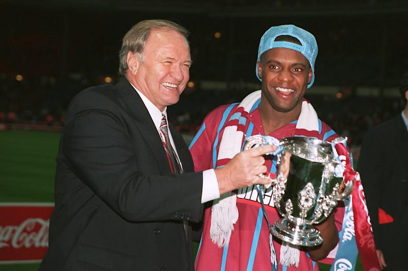 Aston Villa manager Ron Atkinson and player Dalian Atkinson celebrate with the trophy (Photo by Neal Simpson/EMPICS via Getty Images)