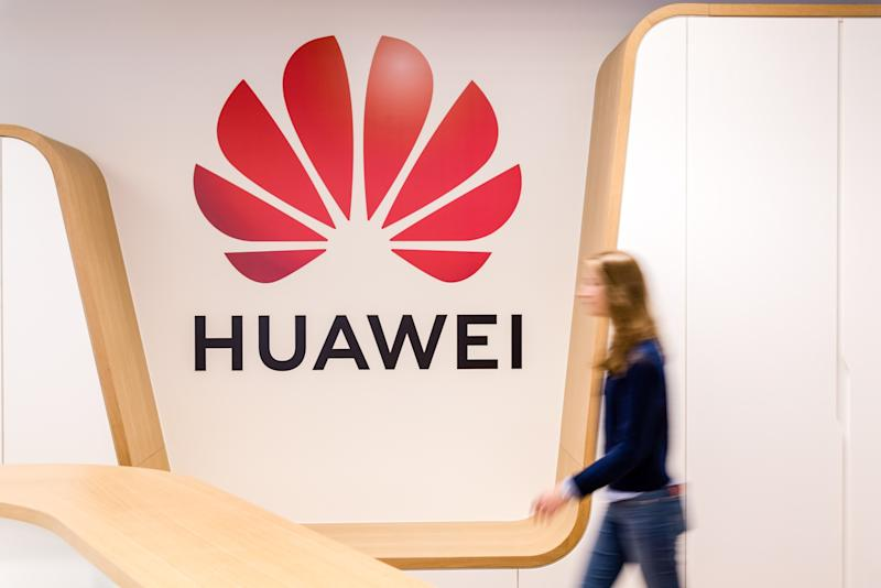 U.S. Gives Limited Relief for Consumers, Carriers Using Huawei