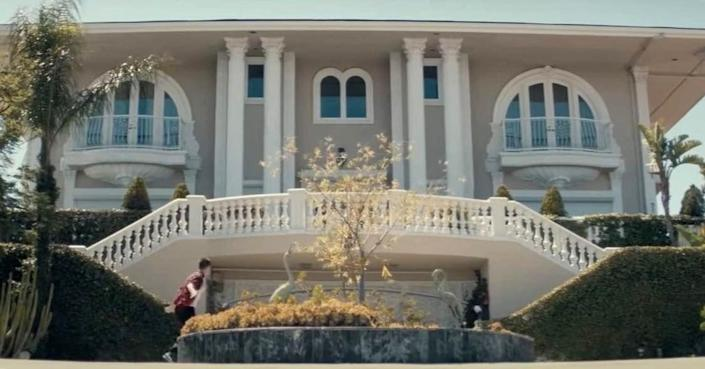 """<p>Although most musicians are typically the stars of their own music videos, Ed Sheeran only makes a brief appearance in the music video for his hit song, """"Don't."""" Directed by Emil Nava, the video showcases a dancer going from rags to riches, ending up at a lavish mansion with our dream pool. See it for yourself <a href=""""https://www.youtube.com/watch?v=iD2rhdFRehU"""" rel=""""nofollow noopener"""" target=""""_blank"""" data-ylk=""""slk:here"""" class=""""link rapid-noclick-resp"""">here</a>.</p>"""