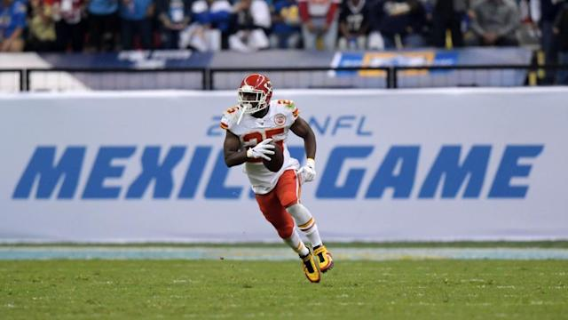 Key stats from Chiefs Week 11 win vs. the Chargers