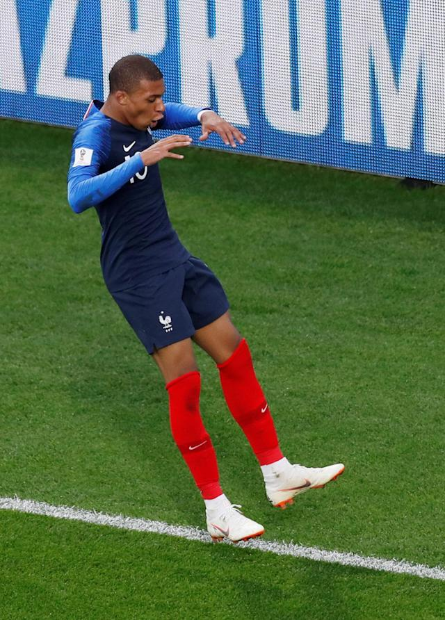 Soccer Football - World Cup - Group C - France vs Peru - Ekaterinburg Arena, Yekaterinburg, Russia - June 21, 2018 France's Kylian Mbappe celebrates scoring their first goal REUTERS/Andrew Couldridge