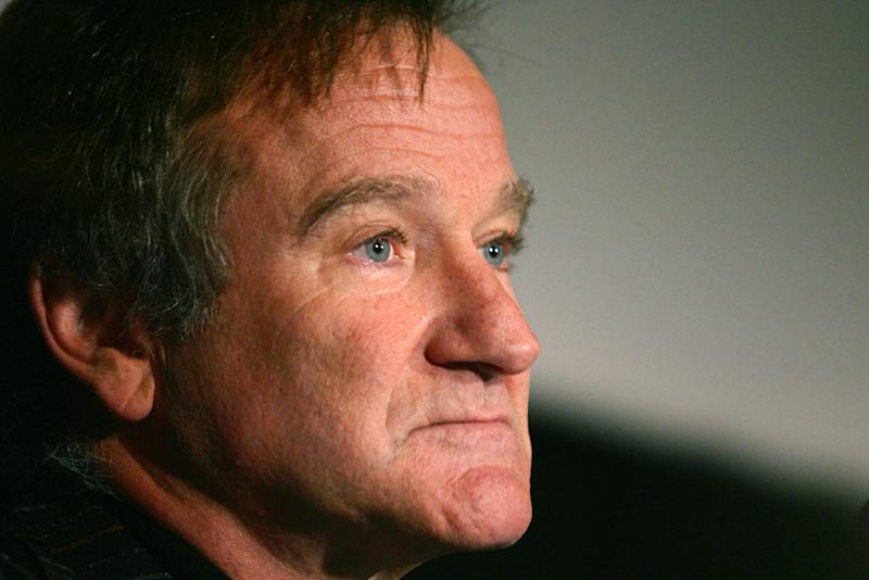 """US actor Robin Williams attends a photocall for """"The Big White"""" in Rome, November 15, 2005"""