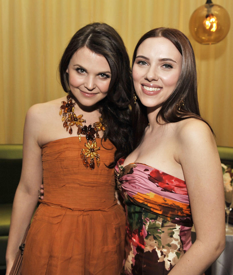 """<a href=""""http://movies.yahoo.com/movie/contributor/1808398021"""">Ginnifer Goodwin</a> and <a href=""""http://movies.yahoo.com/movie/contributor/1800022348"""">Scarlett Johansson</a> at the Los Angeles premiere of <a href=""""http://movies.yahoo.com/movie/1809932969/info"""">He's Just Not That Into You</a> - 02/02/2009"""