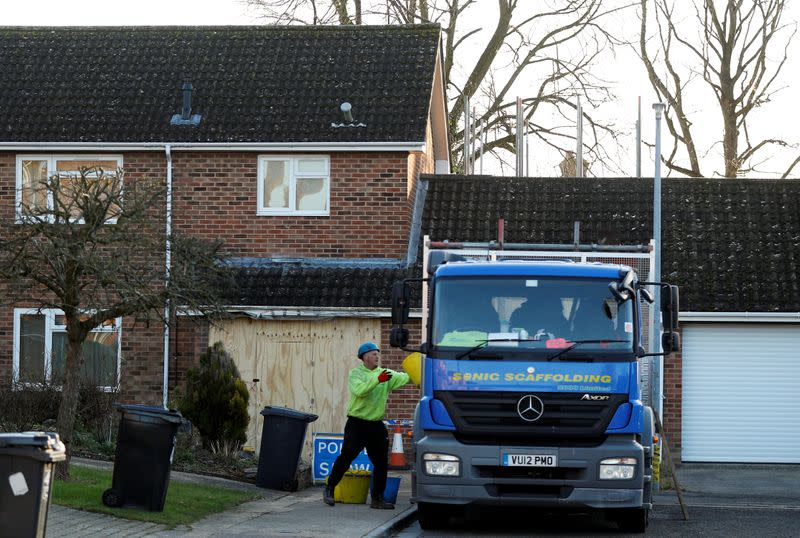 Works at Skripal's house for nerve-agent decontamination, in Salisbury