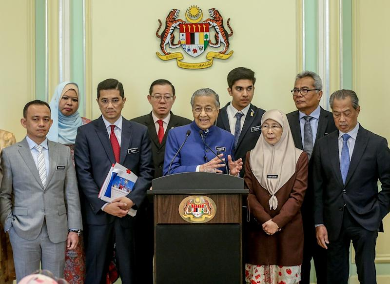 Prime Minister Tun Dr Mahathir Mohamad and Cabinet minsters hold a press conference in Putrajaya September 14, 2019. — Pictures by Firdaus Latif