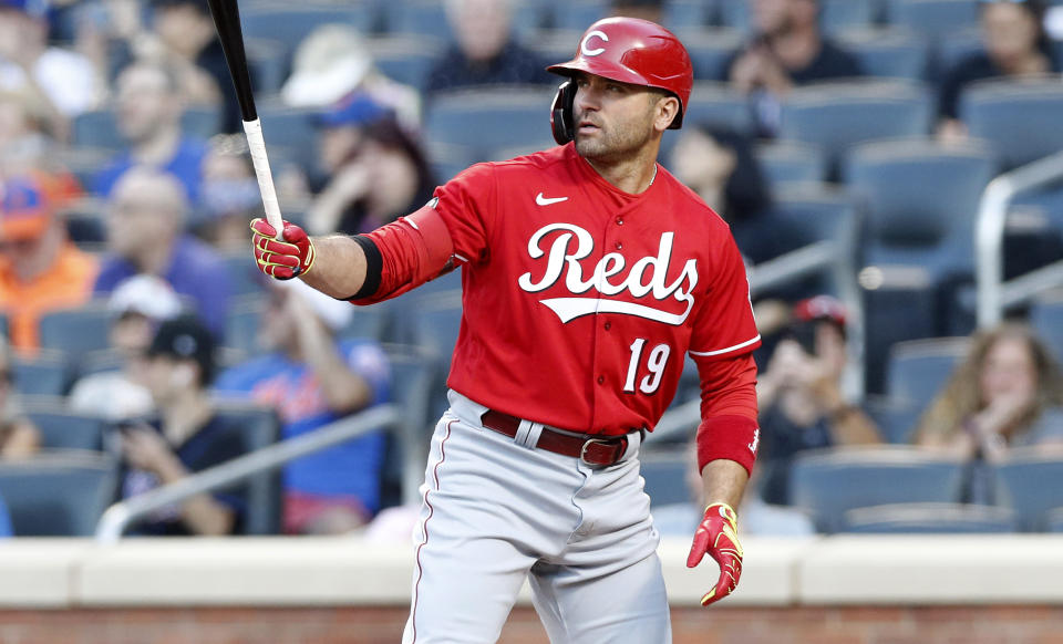 NEW YORK, NEW YORK - JULY 30:  Joey Votto #19 of the Cincinnati Reds in action against the New York Mets at Citi Field on July 30, 2021 in New York City. The Reds defeated the Mets 6-2. (Photo by Jim McIsaac/Getty Images)