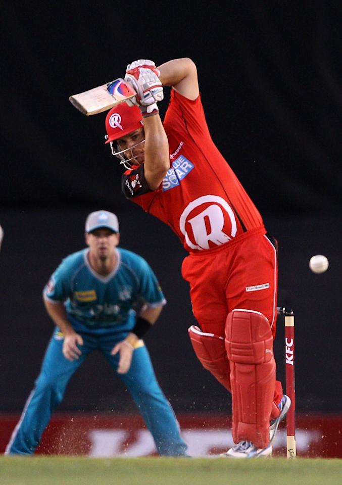 MELBOURNE, AUSTRALIA - DECEMBER 22:  Aaron Finch of the Renegades plays a shot during the Big Bash League match between the Melbourne Renegades and the Brisbane Heat at Etihad Stadium on December 22, 2012 in Melbourne, Australia.  (Photo by Robert Prezioso/Getty Images)