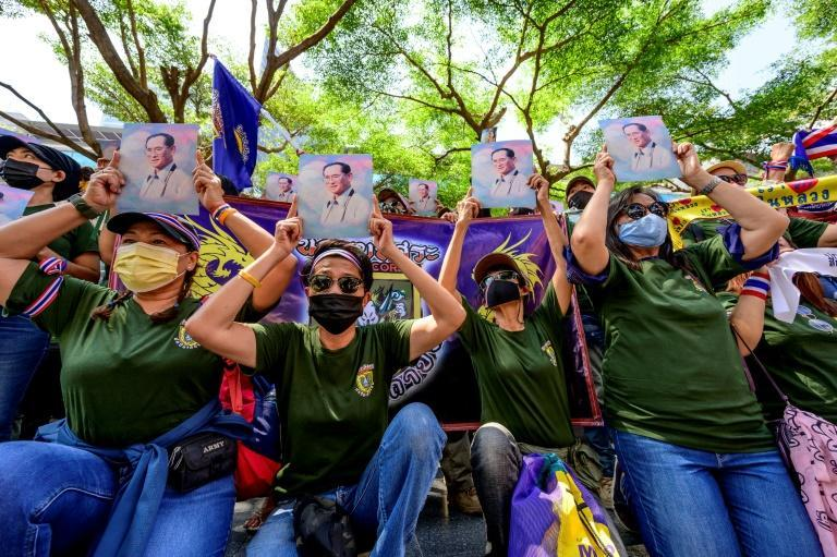 Pro-monarchy activists also rallied in Bangkok on Saturday