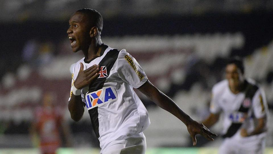 Yago comemora gol pelo Vasco na Copa do Brasil. | Fernando Soutello/Agif/Gazeta Press