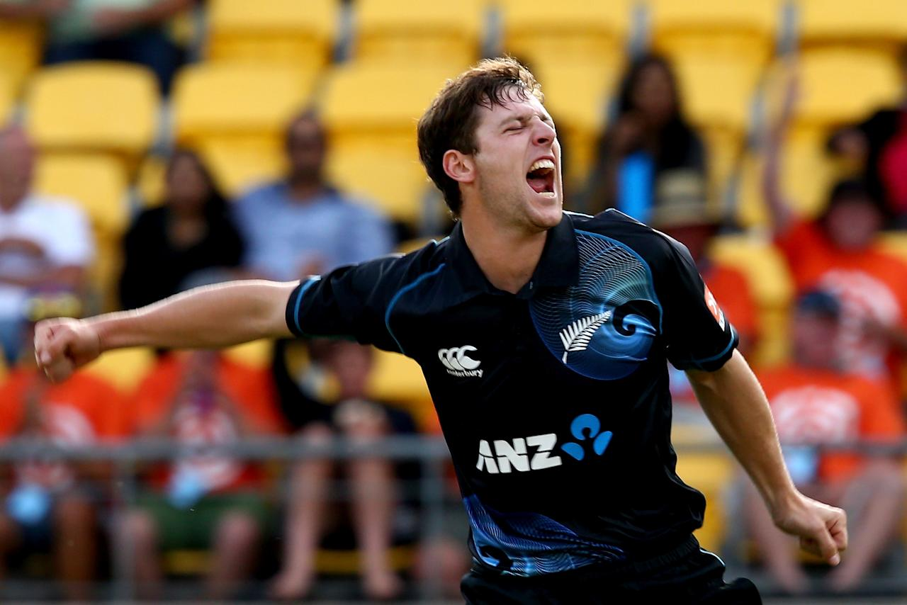 WELLINGTON, NEW ZEALAND - JANUARY 31:  Matt Henry of New Zealand celebrates his wicket of Shikhar Dhawan of India during Game 5 of the men's one day international between New Zealand and India at Westpac Stadium on January 31, 2014 in Wellington, New Zealand.  (Photo by Phil Walter/Getty Images)