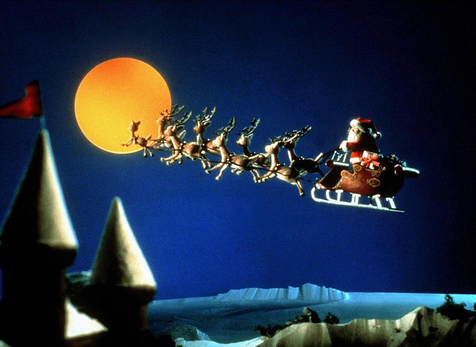 """<h1 class=""""title"""">SANTA & HIS REINDEERS RUDOLPH'S SHINY NEW YEAR (1976)</h1><cite class=""""credit"""">AF archive / Alamy Stock Photo</cite>"""
