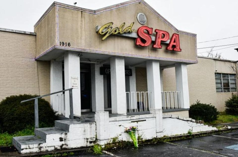 <strong>Gold Spa, one of the three Asian massage parlors attacked by a gunman on March 16, 2021. Six Asian women were among eight people he shot and killed, the most violent chapter yet in a wave of attacks on Asian Americans</strong> (Photo: VIRGINIE KIPPELEN VIA GETTY IMAGES)