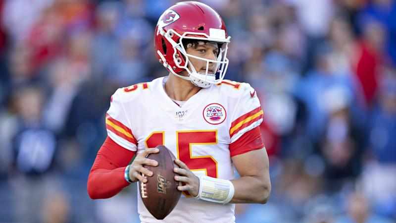 Kansas City Chiefs see off Los Angeles Chargers in Mexico City