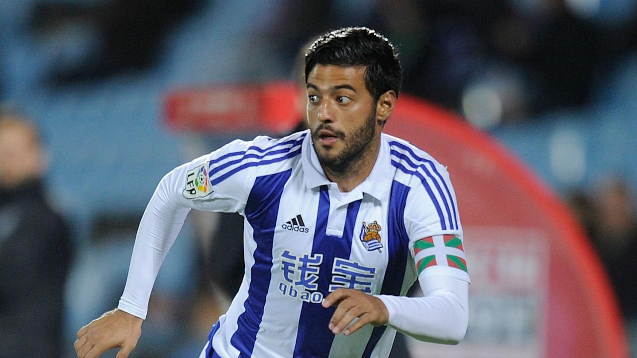 After speculation Carlos Vela could leave La Liga, his agent has reaffirmed the player's commitment to Real Sociedad.